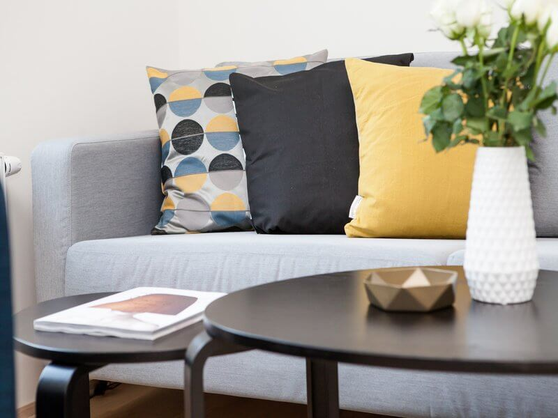 7 Expert Home Staging Tips You Can Do Yourself