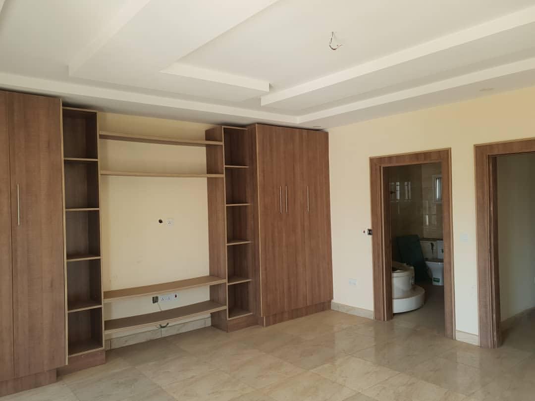 houseshopps-20191005-0077