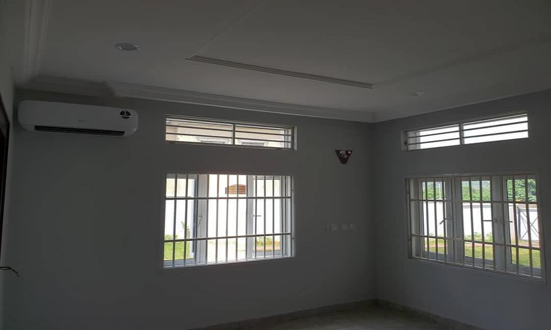 houseshopps-20191005-0124