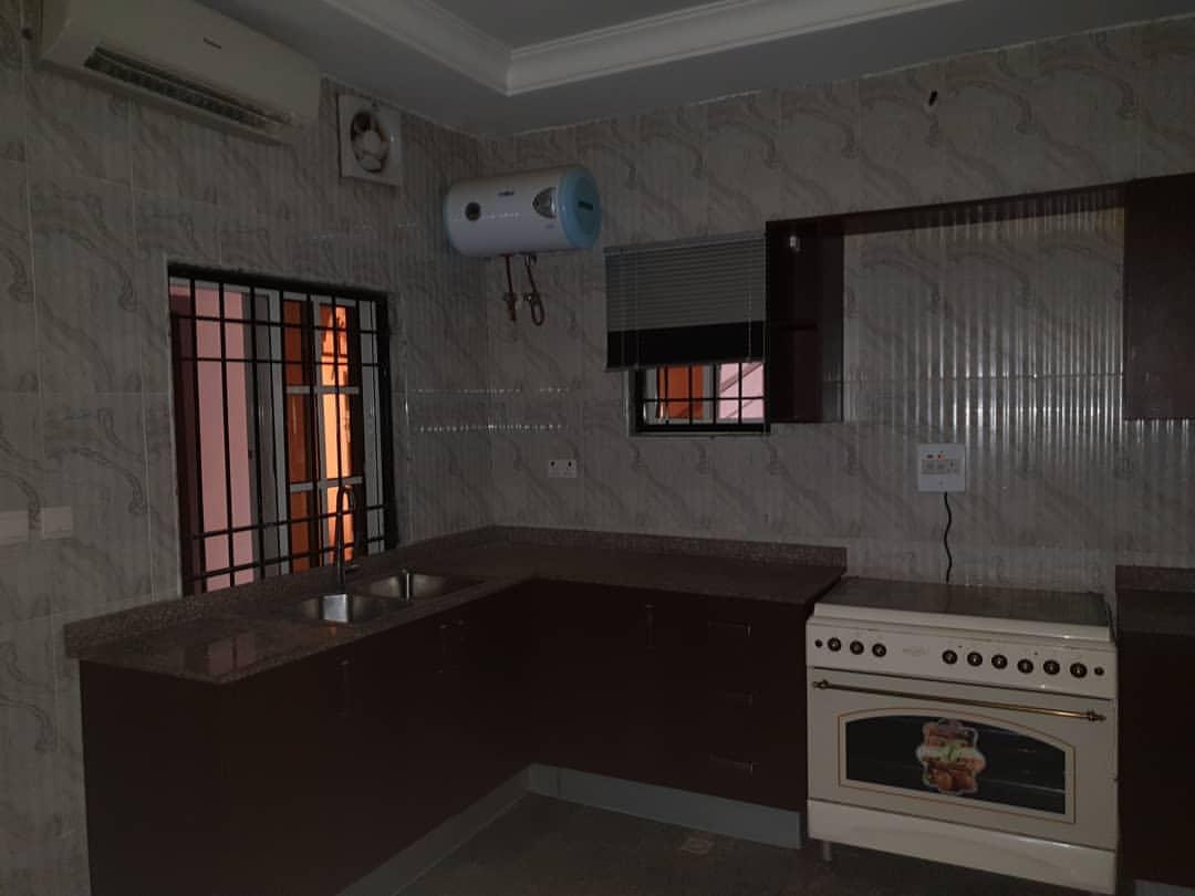 houseshopps-20191005-0154
