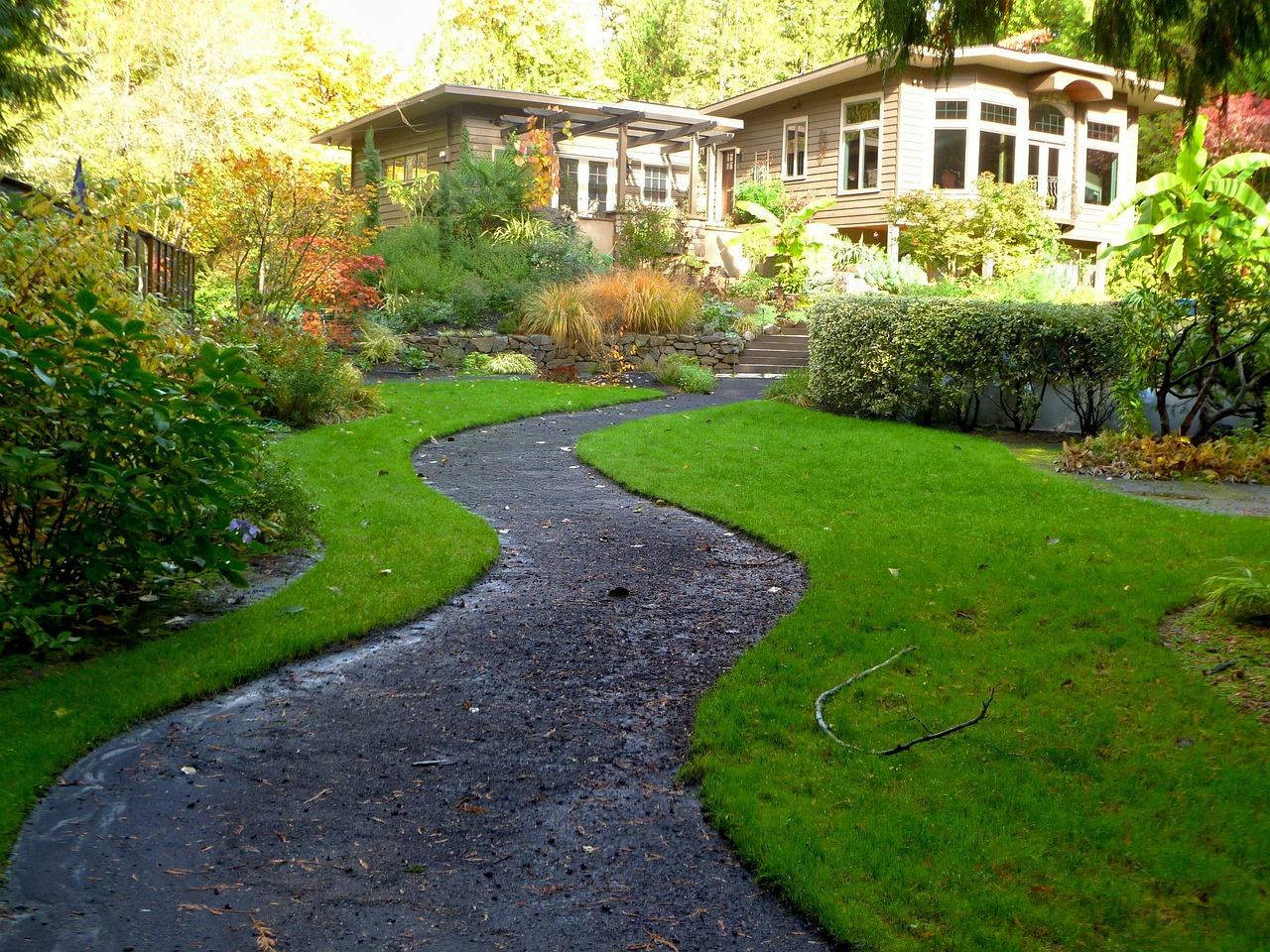 Create A Functional Home Landscape Design For Friends and Family